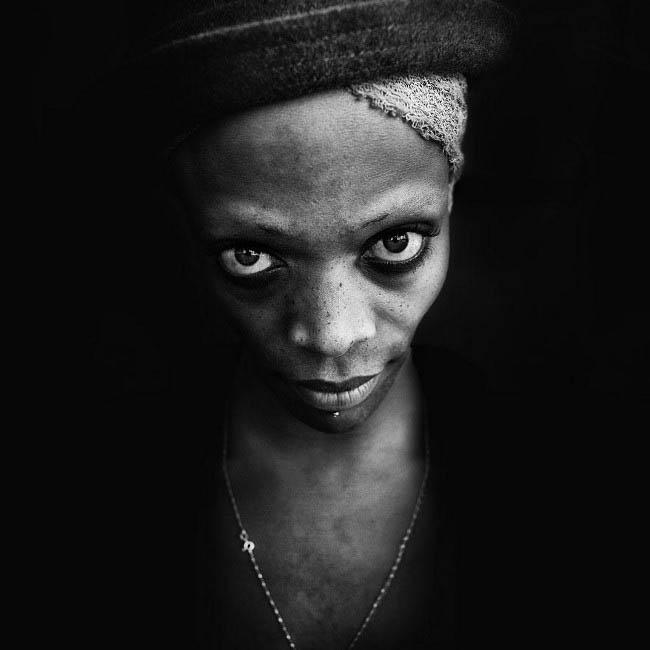 Серія чорно-білих портретів бездомних англійського фотографа Лі Джеффріса (Lee Jeffries).